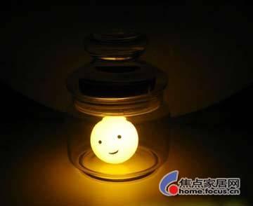 可爱表情灯具亮相市场(2)