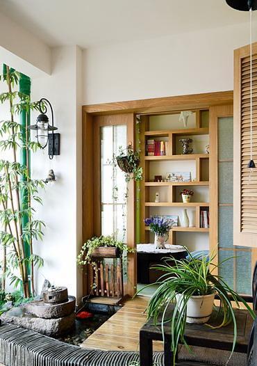 入户花园面积小,宜作书房图片