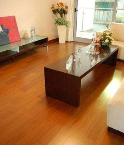 室内装饰 实木地板的安装让您避免遗憾