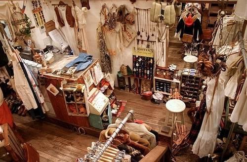 地中海风格家居    中式古典风格装修 8款精彩案例为你献 8款服装店