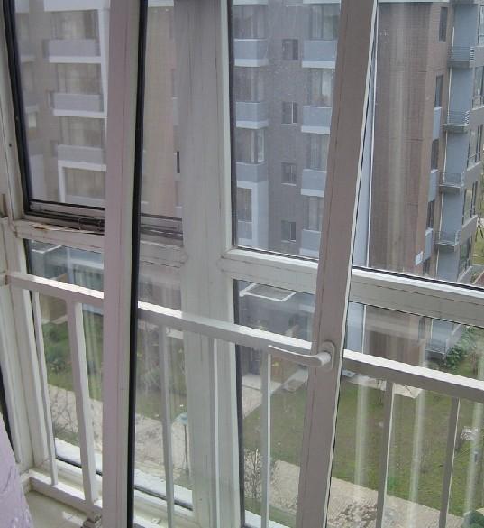 实德的塑钢窗