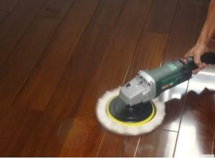 怎样避免木地板被虫蛀?