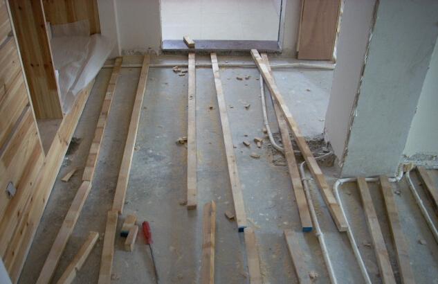 地板龙骨如何安装 地板龙骨安装步骤