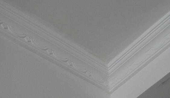 天花板石膏线怎么施工