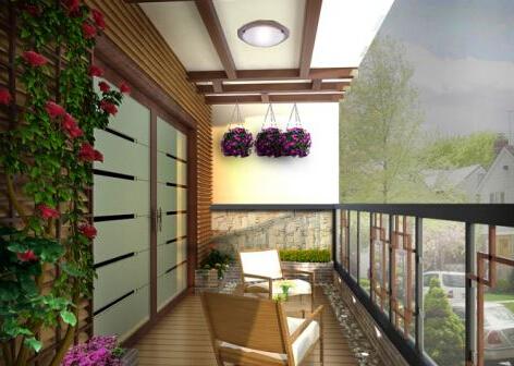 将阳台用玻璃和木材封闭成居家小书房
