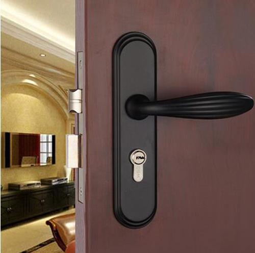 卧室房门锁怎么安装 卧室房门锁的拆卸步骤