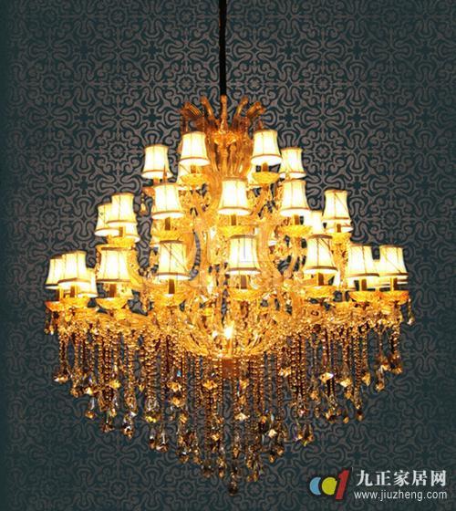 如果水晶吸顶灯中使用的是螺口灯头