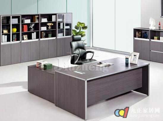 老总办公桌摆件_办公桌摆件摆图片大全
