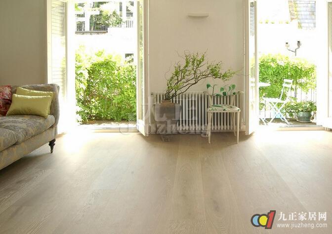 地板安装方法二,悬浮铺设法