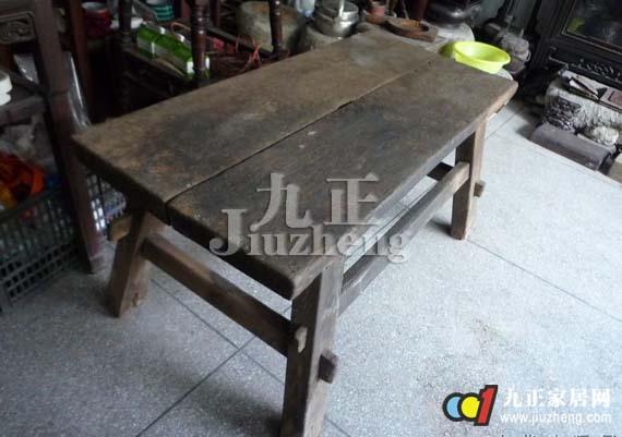 尤其对于木质家具而言,消费者在长年累月中看腻了旧有的木质纹理,很