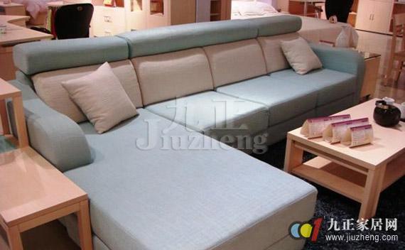 板式沙发的搭配技巧 板式沙发的清洁与保养