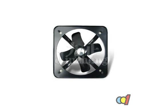 什么是排气扇?排气扇,又叫通风扇,排气的目的就是要除去室内的污浊空气,调节温度、湿度和感觉效果。排气扇广泛应用于家庭及公共场所。接下来九正家居网将要来给大家介绍一下排气扇通风原理知识。 什么是排气扇 排气扇属于轴流风机的一种。主要应用于负压式通风降温工程而称之为工业排气扇。排气扇具有超大风道、超大风叶直径、超大排风量、超低能耗、低转速、低噪音等特点。与降温水帘一同使用可一举解决通风、降温问题。排气扇的运行过程中会在室内形成一个负压环境。如果在排气扇出风口的另一侧墙上安装降温水帘,排气扇在将室内闷热空气排出