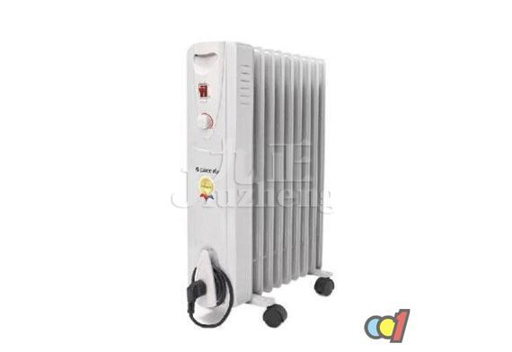 电热油汀取暖器具有使用寿命长、工作无光无噪音、安全、卫生、无尘、无味的优点,非常适合用于卧室和客厅使用。许多朋友可能对电热油汀取暖器比较陌生,下面九正家居网小编就给大家电热油汀取暖器工作原理和电热油汀取暖器使用注意事项。 电热油汀取暖器工作原理 电热油汀取暖器简称电热油汀,是一种充油式取暖器,是近年来流行的一种安全可靠的空间加热器。它主要由密封式电热元件、金属加热管、铁散热片、控温元件、电源开关、指示灯等组成。这种取暖器是将电热管安装在散热片的腔体内部,在腔体内电热管周围注有导热油。当接通电源后,电热管周