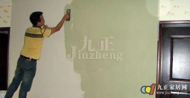 刷乳胶漆是比较典型的一个案例,那大家知道要怎么刷乳胶漆吗?我们可以把乳胶漆施工过程分层八步。下面跟随九正家居网一起来了解刷乳胶漆施工工艺流程。 乳胶漆施工工艺流程一:大检查 全面检查毛坯房内需要刷漆的水泥墙面是否坚实、平整。如果墙面的抹灰层不够结实或者存在大的裂缝和孔洞,建议投诉开发商或者物业,要求其重做。个别孔洞如自己修补,可使用石膏填补。 大检查注意事项 1.