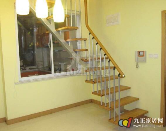 阁楼楼梯尺寸的标准 阁楼楼梯的安装注意事项