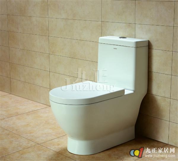 马桶与浴缸,洗脸盆的颜色要一致