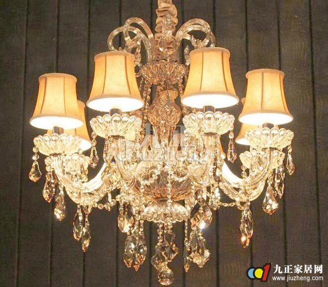 卧室水晶灯选购方法 卧室水晶灯安装注意事项