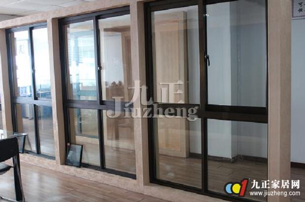 阳台玻璃窗要怎么安装