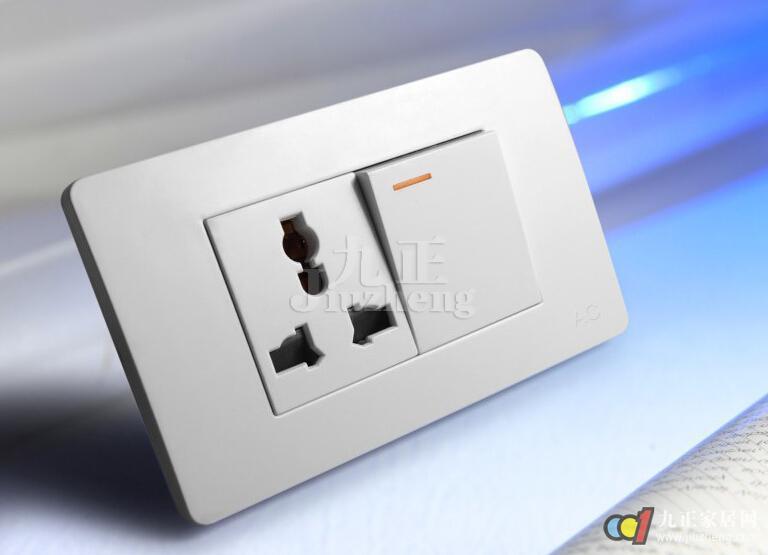 九空墙壁插座接线图