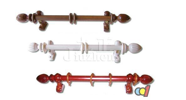 罗马杆的选择主要是颜色和风格的选择,需要与整体居室风格相搭配,使居室整体色彩协调一致。下面九正家居网为大家讲解罗马杆的选购窍门和罗马杆安装注意事项。 罗马杆的选购窍门 这里撇开实木,其实实木的选择主要还是要看木材,那么就要扩展说得太多了。 材料的厚度  一般商家都会跟你说2.