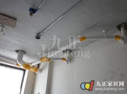 下水管道安装的注意事项   下水管道可以说是现代家庭装修中必须安装