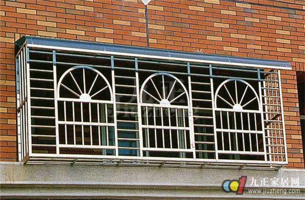 防盗窗选择哪种材质的比较好