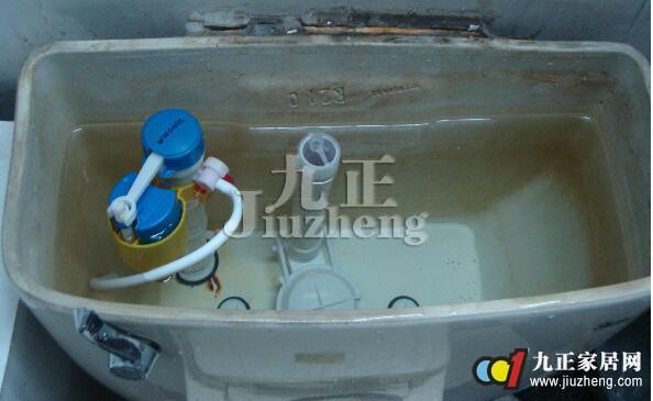 马桶水箱溢水怎么办 马桶水箱出问题如何维修