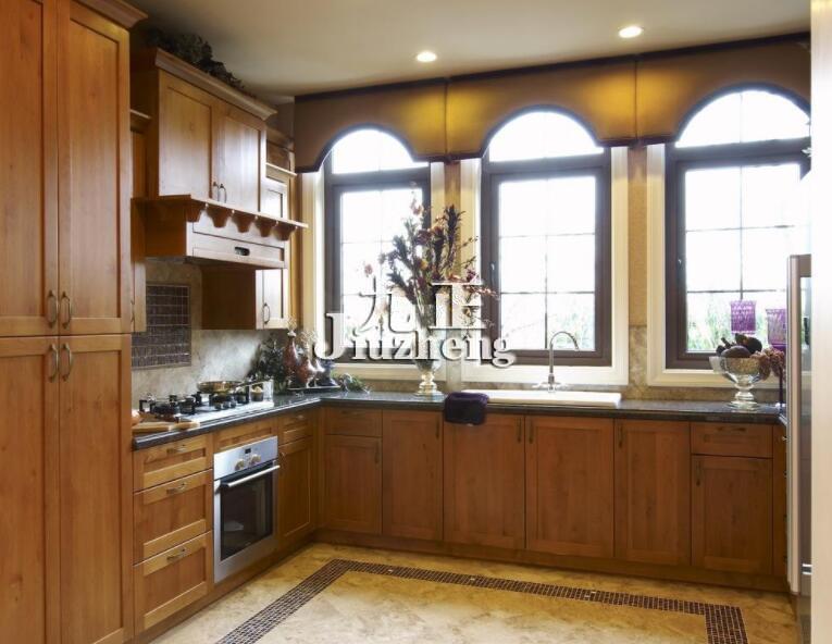 每个人的个性,品味都有各自的特点,在厨房装修风格的选择也各有不同