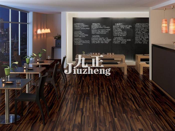 地板选购与安装 檀木地板的种类 檀木地板的鉴别方法   黑檀木地板