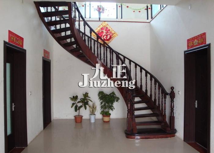 如果安装楼梯的话 楼梯怎么保养