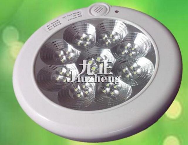 随着科技的进步,如今各种科技含量高的灯具产品也开始流行,声控灯就是其中的一种,所谓声控灯,顾名思义就是指通过声音的音量来控制其开关的一种照明灯具,声控灯与传统的灯具不一样,到底声控灯的优点有哪些呢?声控灯怎么安装呢?一起来随九正家居网小编去了解下吧。  声控灯的优点: 说到声控灯的优点,其最大的优点就是声控开关,而且低耗能,低衰减,使用寿命长,当然还有一些其他的优点,具体的还是来看看如下的详细介绍吧: 1、使用高灵敏触摸控制台灯、声控 阿拉丁语音控制台灯开关功能;手机APP软件下载控制台灯开关功能。 2