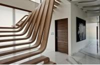 木制楼梯掉漆怎么办 木制楼梯...