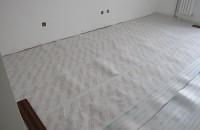 如何選購防潮墊 如何選購地板膠