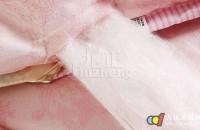 蚕丝被的优点 蚕丝被保养与清洗技巧