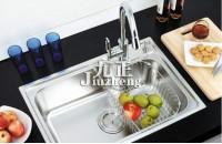 厨房水槽的种类以及优缺点 厨房水槽选购注意事项