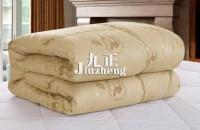 驼绒被的优点 驼绒被如何洗涤...
