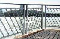 阳台栏杆怎么安装 阳台栏杆的...