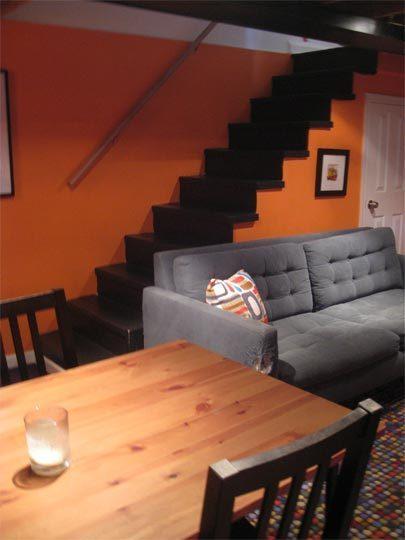 橙色背景墙楼梯装修效果图