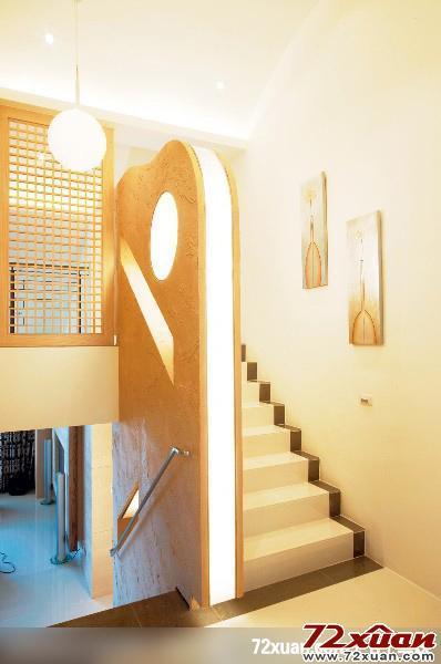 客厅楼梯背景墙装修效果图