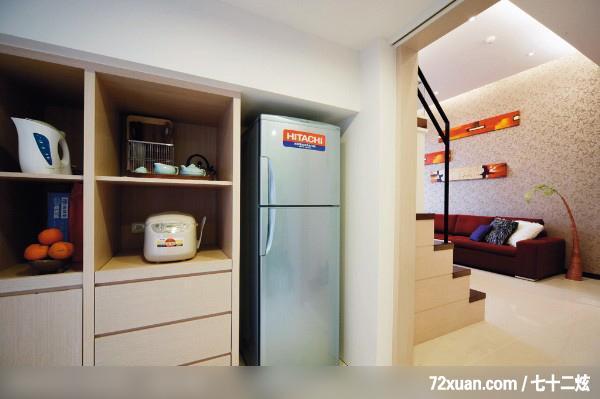餐厅,电器收纳柜,餐具收纳柜,冰箱收纳柜,造型沙装修效果图 第4高清图片