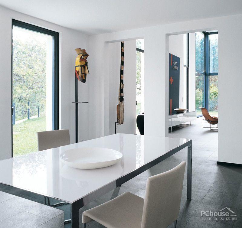 意大利黑白调简约风设计_第9张 - 九正家居装修效果图