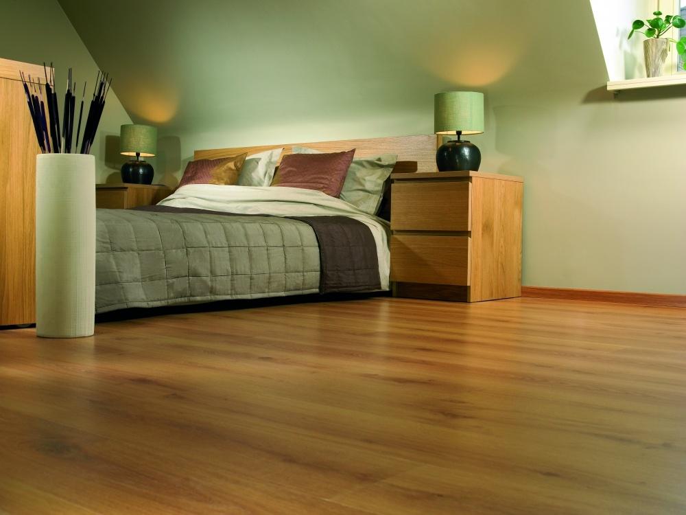 复式卧室木地板装修样板房