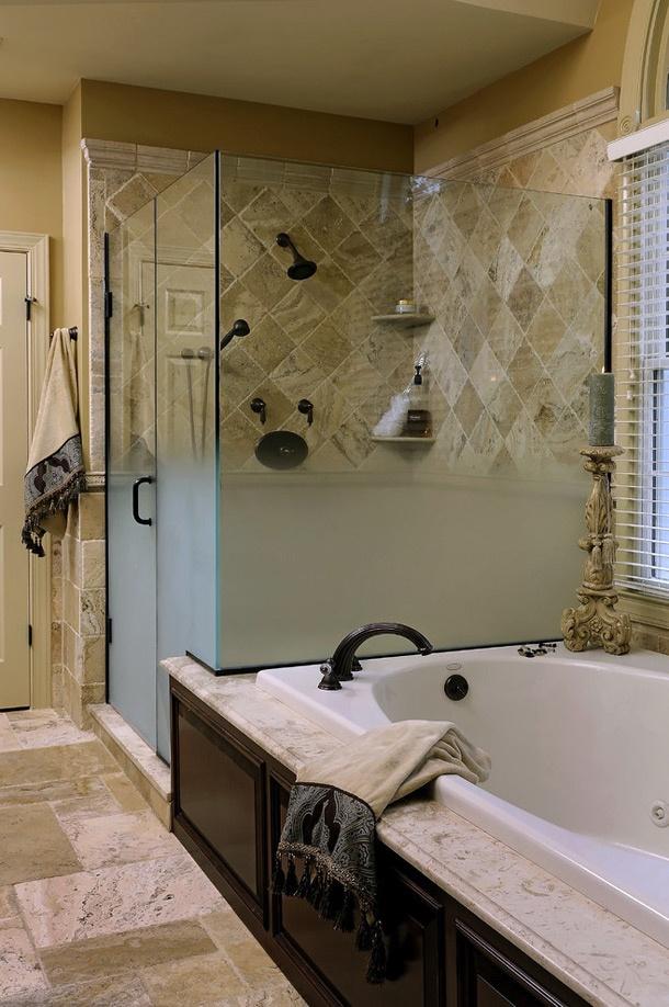 欧式卫生间淋浴房瓷砖效果图装修效果图
