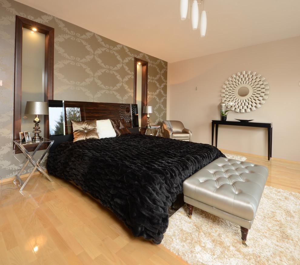 现代卧室木地板装修效果图高清图片