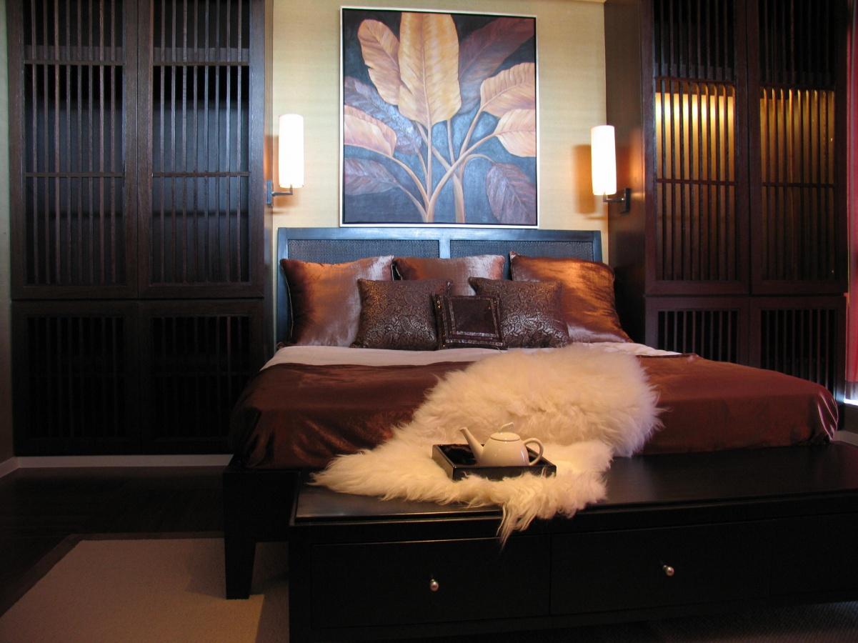 两室一厅卧室床头背景墙效果图欣赏