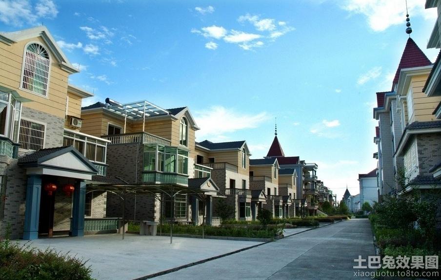 三层联排别墅设计效果图(1/9)天井联排别墅设计图片