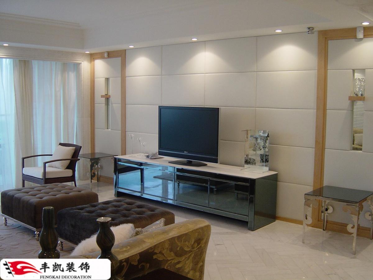 简约客厅硬包电视背景墙装修效果图高清图片