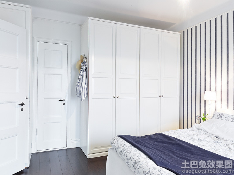 家庭装修卧室柜子装修效果图 (1/15)图片