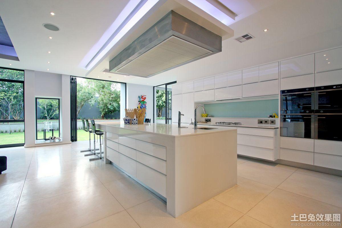 开放式厨房集成吊顶效果图-新浪装修抢工长效果图