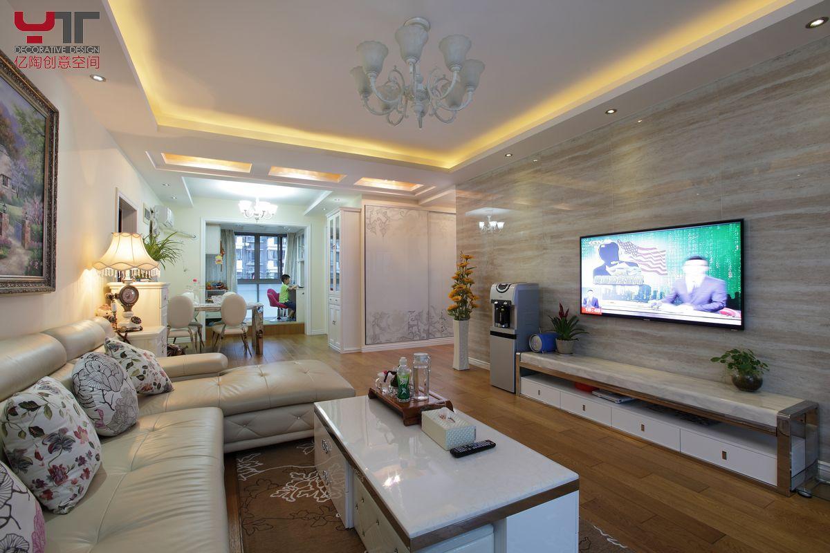 欧式风格客厅电视墙效果图_第15张 - 九正家居装修图片